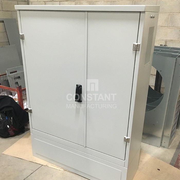 Manufacturing large telecommunications cabinets