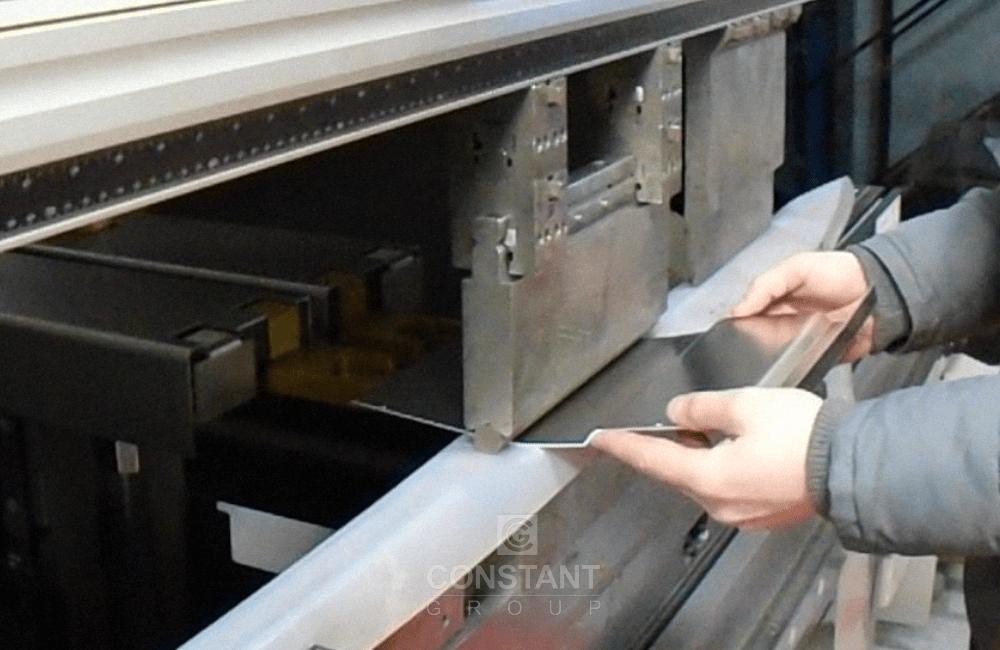 Machine Metal Panel - Press Brake Bending