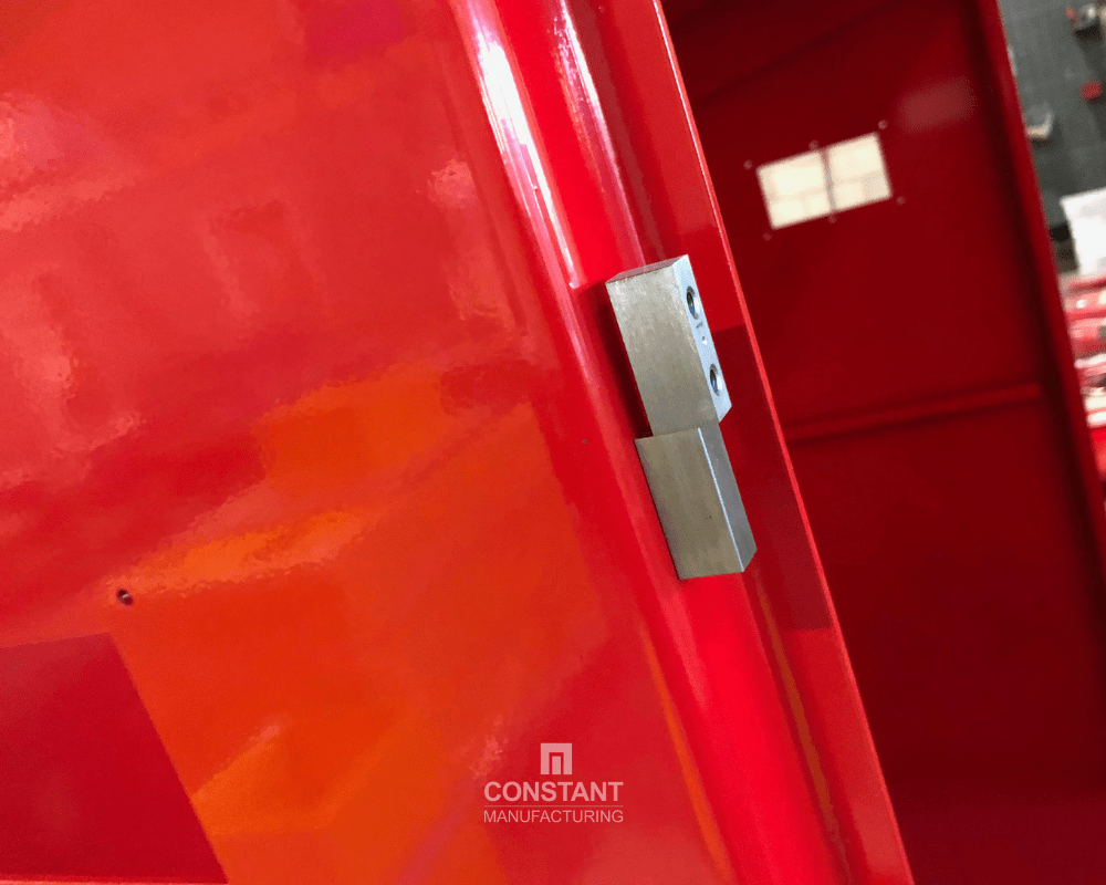 Secure hinges in fire equipment cabinets